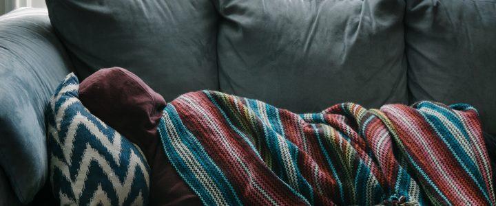 """Dr Aleksandra Bubera o odlučnosti osoba sa mentalnim problemima da se obrate lekaru u tekstu objavljenom u Novoj ekonomiji: """"Bolesni na poslu, foliranti na njivi"""" koji se bavi temom bolovanja, 29.04.2019."""