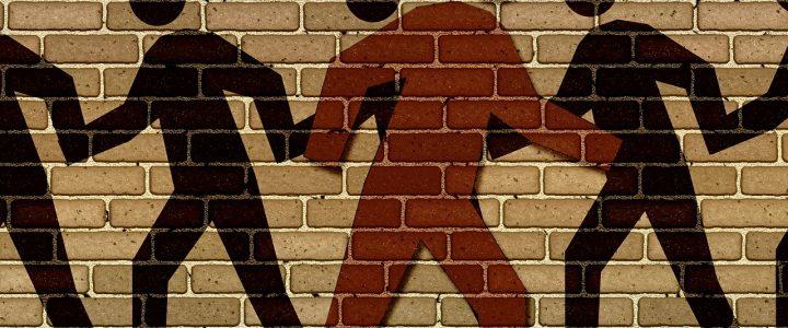 Da li možemo da budemo neopredeljeni u podeljenom društvu? – dr Aleksandra Bubera za Blic